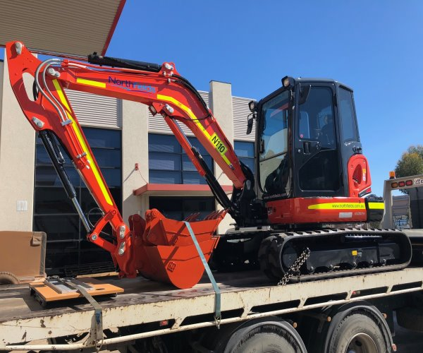 Northfields Plant and Machinery Hire - Phone (08) 6467 7412